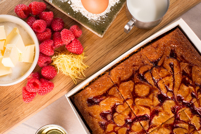 Lemon & Raspberry Swirl TrayCAKE